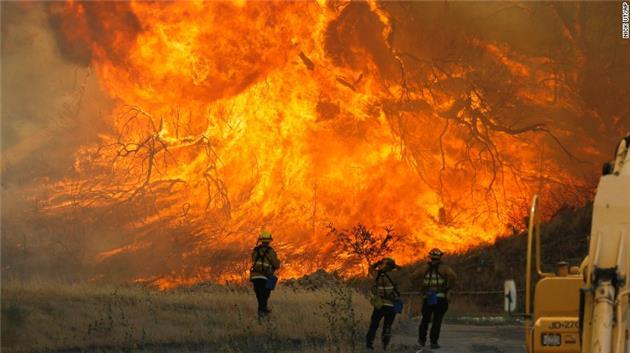 تشدید آتشسوزی جنگلهای شمال کالیفرنیا