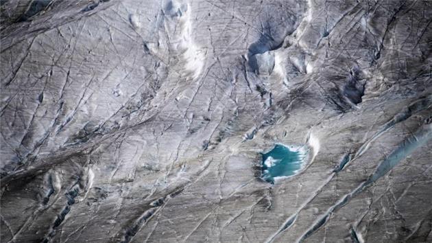 طی ۵ سال گذشته ۱۰ درصد از یخچالهای سوئیس از بین رفتهاند
