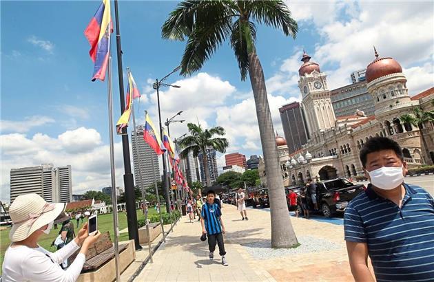 صنعت گردشگری مالزی زخم خورده کرونا