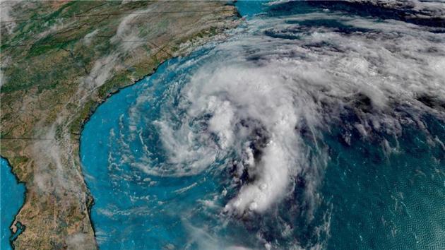 پژوهش جدید: گرمایش زمین موجب افزایش سرعت و شدت توفانهای استوایی میشود